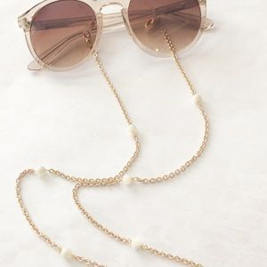 NWT Mother Of Pearl Lanyard